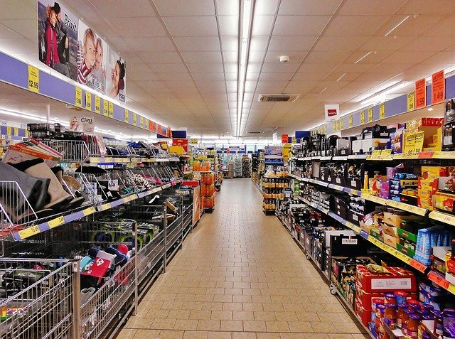 Ulička v supermarketu