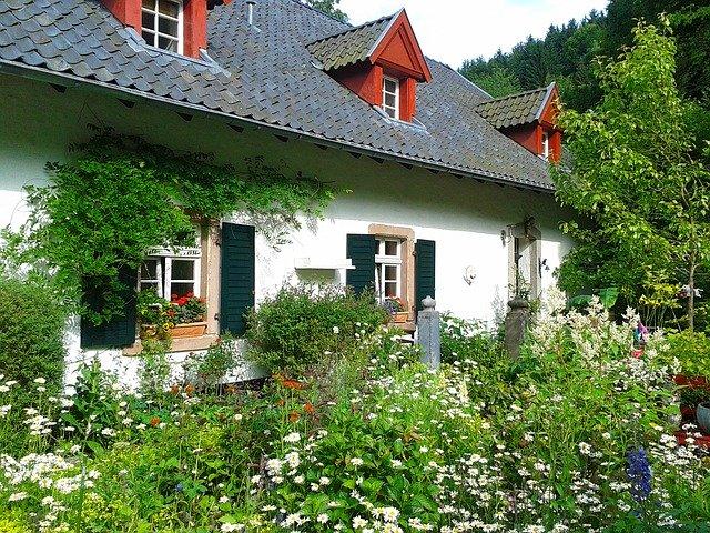 starý dům s podkrovním prostorem